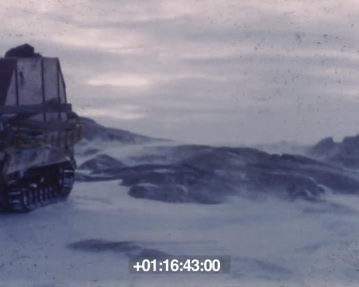 Un an dans l'Antarctique - Première version